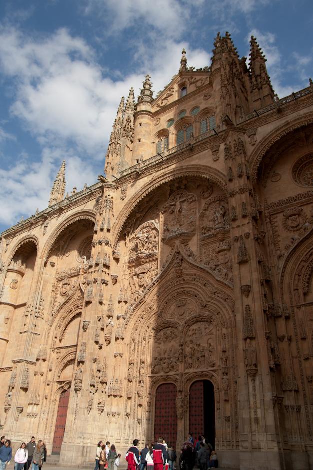 Fachada de la Catedral Nueva de Salamanca, España