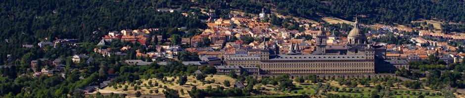 Panorámica del Monasterio de San Lorenzo de El Escorial desde la silla de Felipe II