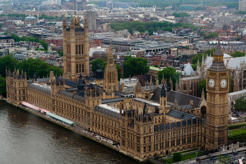 external image gb_londres_casas_del_parlamento_vistas_desde_el_londoneye.jpg